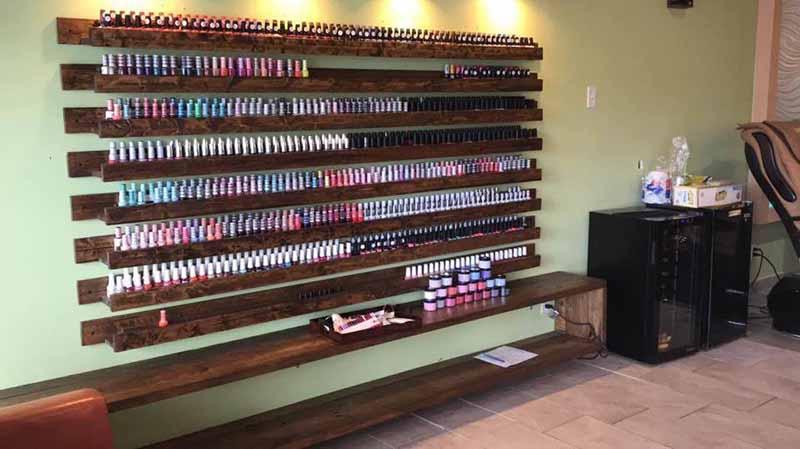 Cần Thợ Nails Có Bằng Indiana Bao Lương Từ $900 & Up
