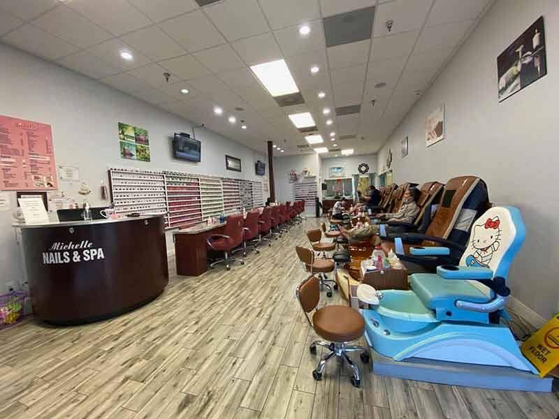 Cần Thợ Nail In Saint Cloud FL