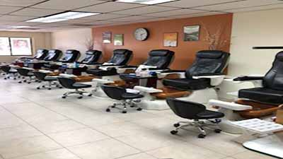 Cần Sang Gấp Tiệm Nails In Spring Hill FL Tiệm Mới Remodel Good Income Good Location