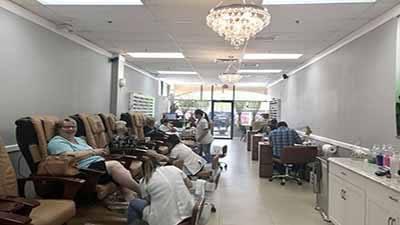 Cần Thợ Nails Làm Bột  Dip Bao Lương $ 1000/ Tuần In Plantation, FL Có Xe Chở Đi Làm